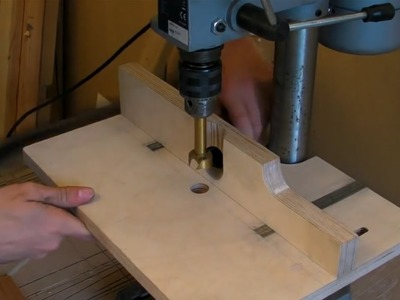 Building A Pillar Drill. Drill Press Table (adjustable fence, extraction hose & inlaid rulers)