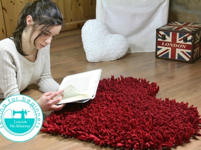 Make a rug with t-shirt yarn