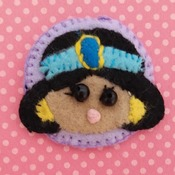 Adorable Felt Handmade Tsum Tsum Characters - Minnie Mouse (Fridge Magnet)