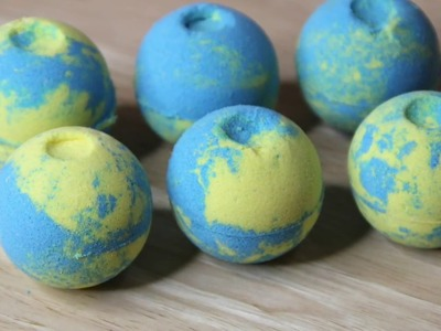 Making Multi-Colored Bath Bombs (DIY Bath Fizzies)