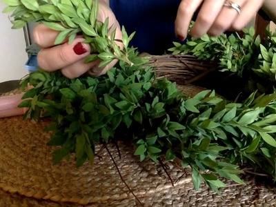 Spring Boxwood Wreath Tutorial - Hangin' with the Hobart's
