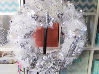 DIY Christmas Wreath, Super Easy and Cute! =)