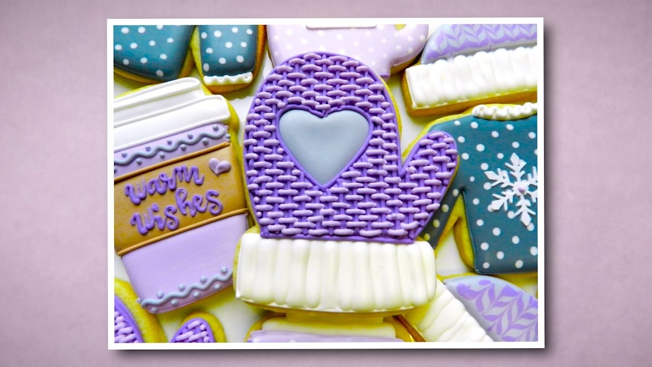 How to Decorate a Mitten Cookie