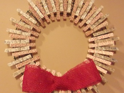 How to make a Clothespin Wreath Decorated with Peg Stamps, Inexpensive and  Cute!