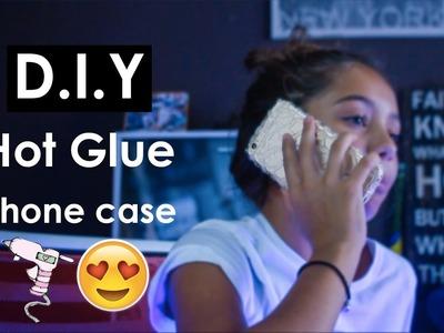 DIY HOT GLUE PHONE CASE!!
