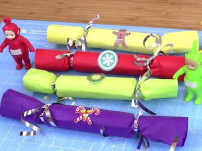 Make Your Own Red, Green, Yellow and Purple Christmas Crackers with the Teletubbies |