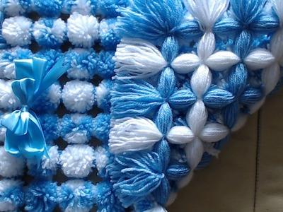 Pom pom blanket loom - How to add two tone pom poms