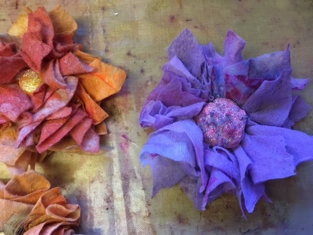 Part 2- How I make flowers from baby wipes.bubble wrap.gelli prints