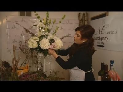 How to Arrange Wedding Sprays : Wedding Flowers