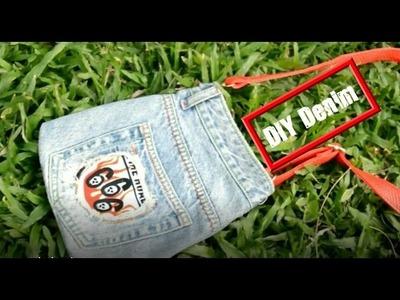 How to make jeans crafts | Recycling jeans | DIY makeup kit handbag | (NO SEW)