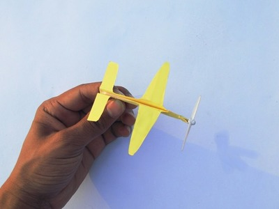 The world's smallest flying glider- how to Make