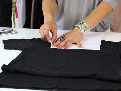 How to Give a T-Shirt a Square Neck : Style Savvy