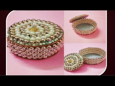 DIY :: How to make Beautiful Jewellry box out of old CD.DVD!!