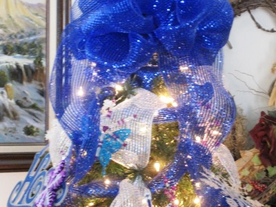 How to decorate your Christmas Tree with Mesh Ribbon ~ Featuring Miriam Joy