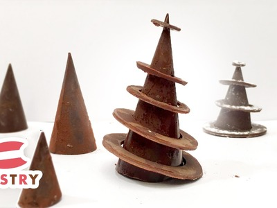 Christmas Dessert Decoration : Chocolate rings Christmas Tree  - Chocolate Decorations Ideas 05