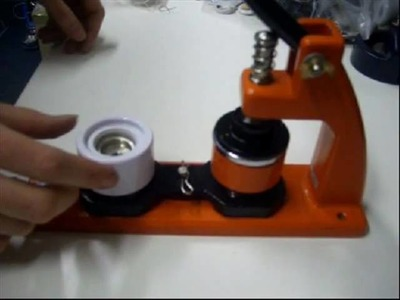 Micro Assembler - Making a 25mm open back badge - Old video