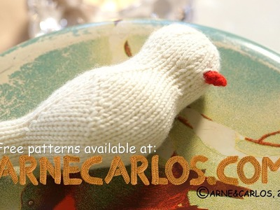 How to crochet the beak of our Knitted Birds by ARNE & CARLOS.