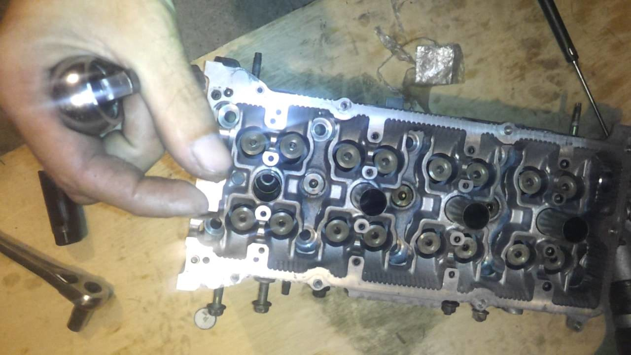 How to Remove and Install Cylinder Head Valves With Home Tools