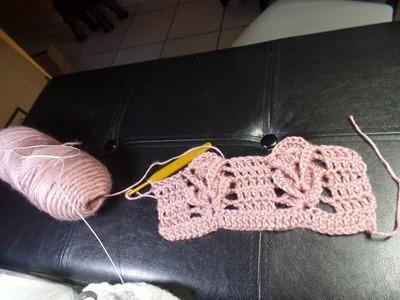 Novedoso punto espiga a crochet para bolsa con asa trenzada de 4.