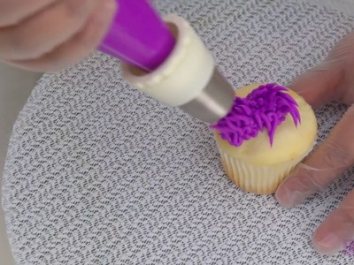 How to Use the Russian Decorating Tip Set