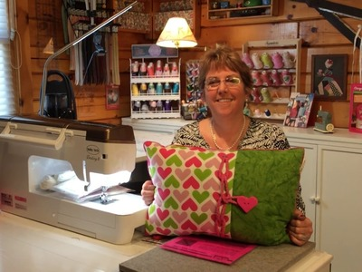 Pam Damour's Love of Sewing Challenge: Introduction to Buttonholes