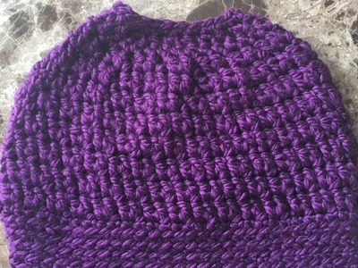 How to crochet a messy bun hat. ponytail hat
