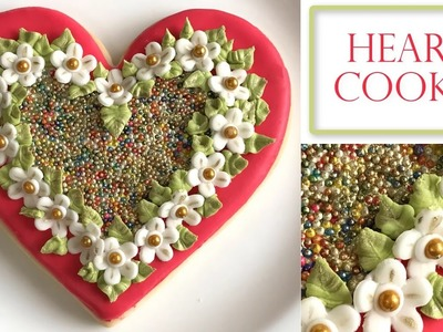 How to Decorate a Flower cookie | Heart shape