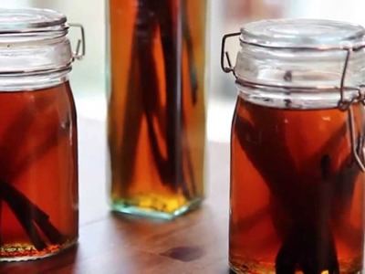 Homemade Gifts - How to Make Vanilla Extract