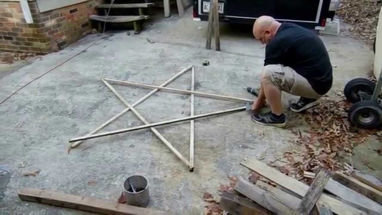 How-to Make An Outdoor Star From Old Recycled Fence Board.