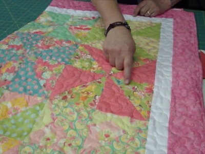 Make a Pinwheel Quilt with Turnovers - Turnover Week