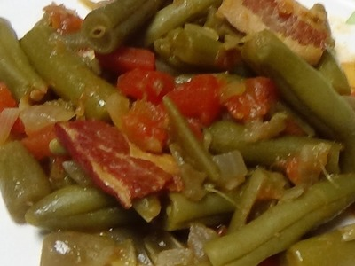Delicious & Perfect Green Bean Side Dish for Christmas, Thanksgiving or any Family Gathering