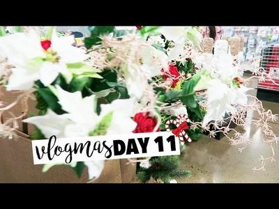 Finishing The Christmas Decorations - Vlogmas Day 11