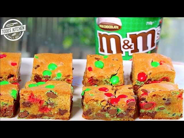 M&M COOKIE BARS - Easy Christmas desert recipe