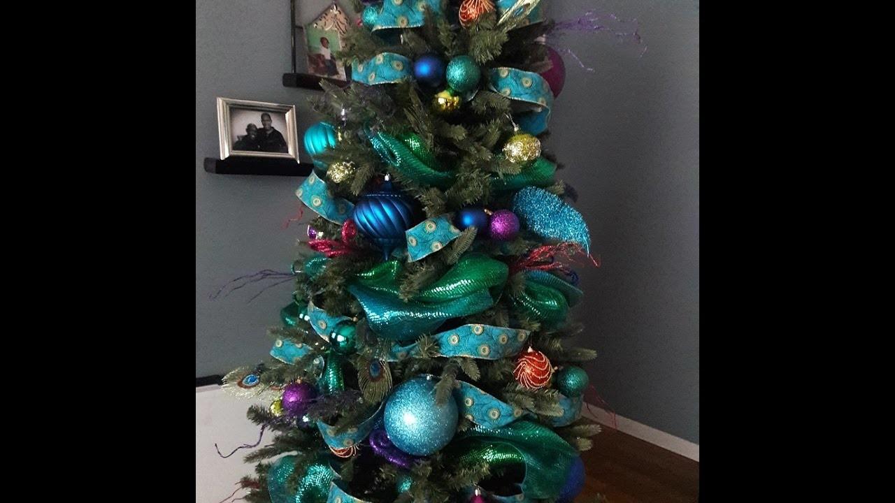 Simply Lavish at Home: Peacock Christmas Tree