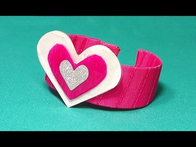SUPER EASY DIY bracelet for Valentine's day from plastic bottle and nail enamel. DIY gift.
