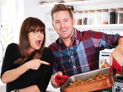 How To Make Thanksgiving Stuffing with Jamie Greenberg | Food | Theodore Leaf