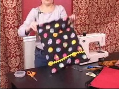 How to Make a Backpack for Kids : How to Turn the Bag in a Backpack