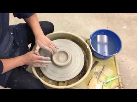 How to make a cylinder on the potters wheel using my five step method.