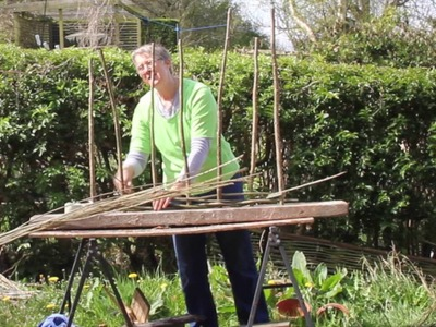How to weave your own windbreak