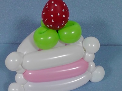 いちごのショートケーキの作り方・How to make a strawberry sponge cake (balloon twisting)