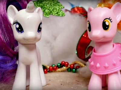 Toys and videos for kids. My little pony Rarity gets sick. Christmas video on #GirlsTToyZZ.