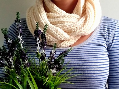 How to Knit a Scarf (Fast & Easy)
