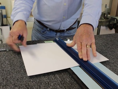 LOGAN T100 Craft Materials Cutter