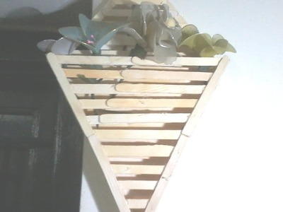 DIY: How to make wall hanging using popsicle sticks