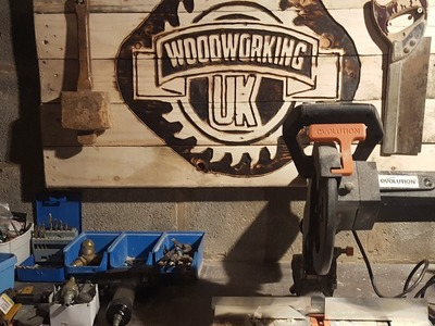 How to make a sign with a Router - Woodworking UK