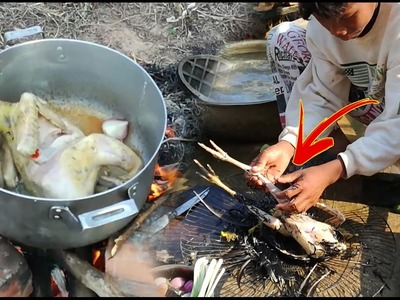 Amazing Two Children Roast Chicken With Coconut Water - How To Cook Chicken In Cambodia