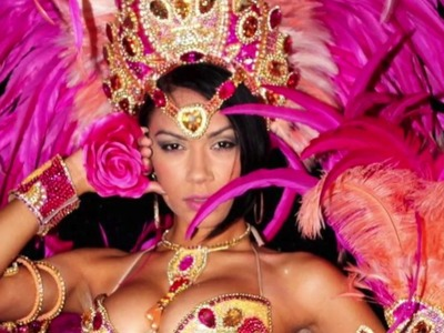 How to make a Samba headdress DIY with Laurie (French & English)