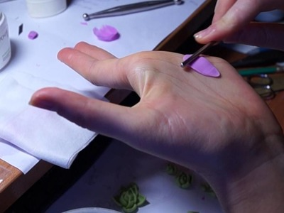How the flowers are born from a cold porcelain | Creative process