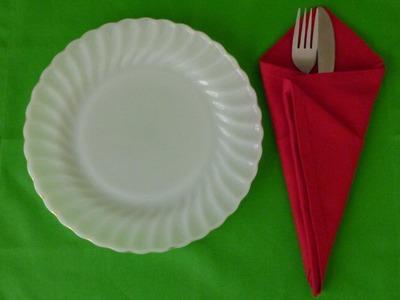 Napkin Folding - Ice Cream Cone