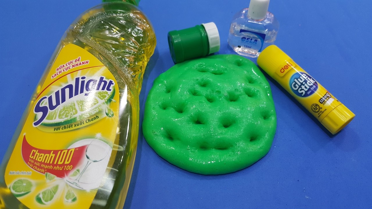 how to make slime with glue and eye drops
